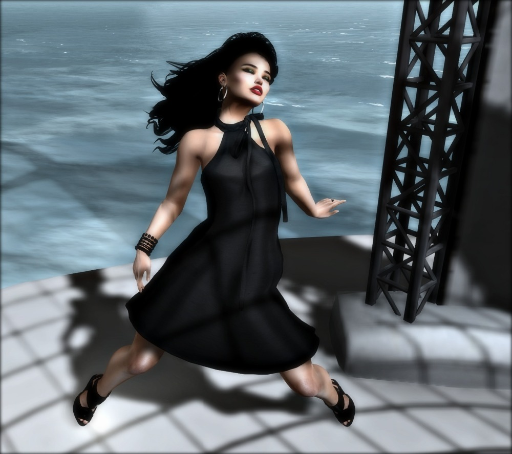 Tres Chic Blogger Search - Sadystika Sabretooth_001